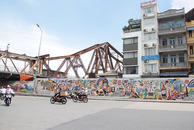 Đường tranh gốm sứ kỷ lục thế giới ở Hà Nội có thể được nối dài - 6