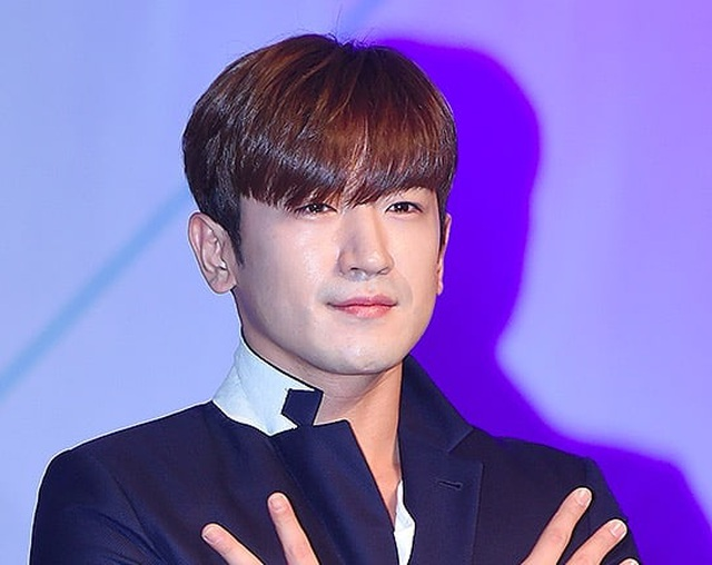 Rapper nổi tiếng xứ Hàn bị tố cáo xâm hại tình dục ở quán bar - 2