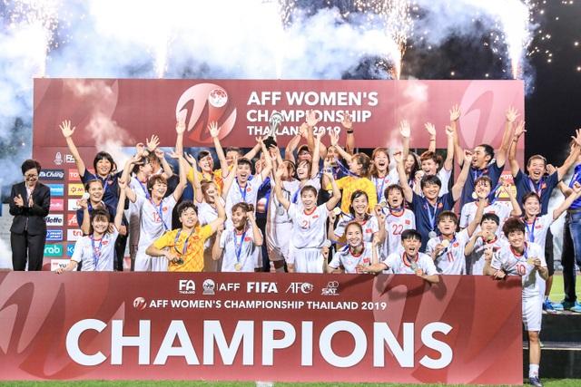 Đội tuyển nữ Việt Nam vô địch Đông Nam Á… trong cô đơn - 1