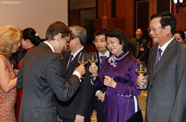 Thủ tướng: Người dân Việt Nam cháy bỏng khát vọng 'hòa bình và thịnh vượng' - 8