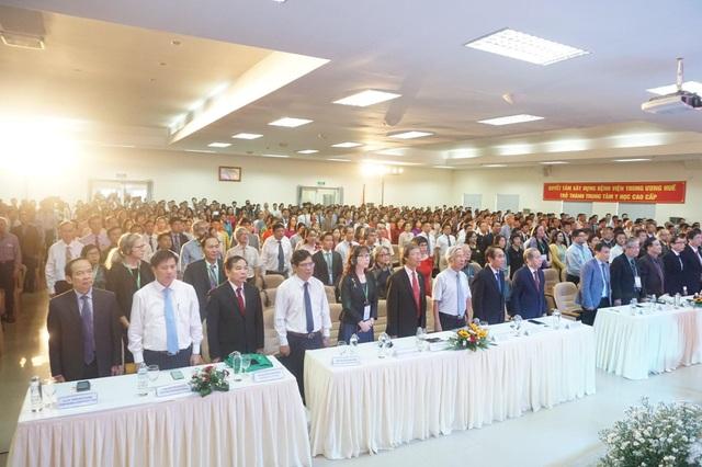 Bệnh viện Trung ương Huế đón nhận Huân chương Lao động hạng Nhất trong kỷ niệm 125 năm - 4
