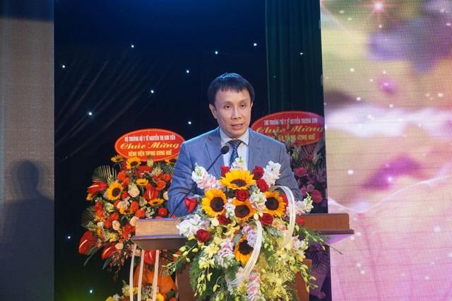 Bệnh viện Trung ương Huế đón nhận Huân chương Lao động hạng Nhất trong kỷ niệm 125 năm - 7
