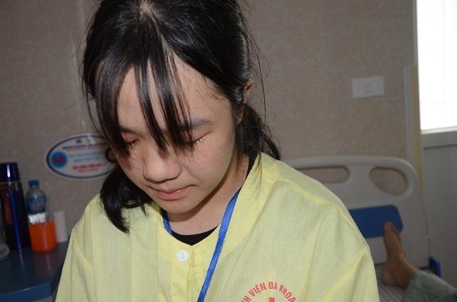 Nhờ bạn đọc giúp đỡ đứa con nhặt của người mẹ ung thư đã được đến trường - 4