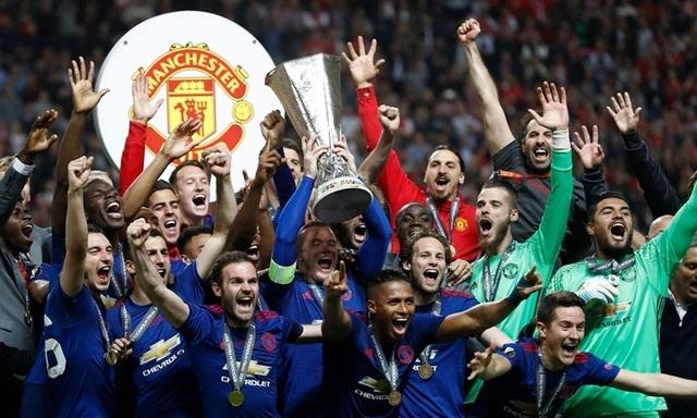 MU và Arsenal dễ thở ở vòng bảng Europa League - 1