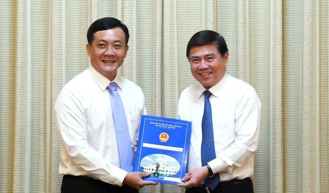 Trưởng Khu Nam được bổ nhiệm giữ chức Chánh Văn phòng UBND TPHCM - 1