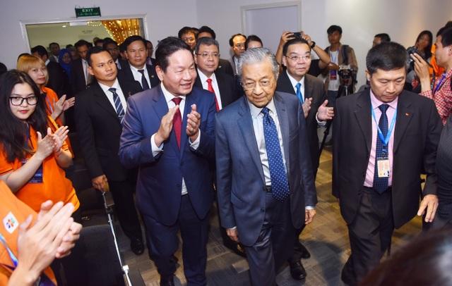 Thủ tướng Malaysia khẳng định với sinh viên Đại học FPT: Chúng tôi đang tìm kiếm nguồn nhân lực AI - 1