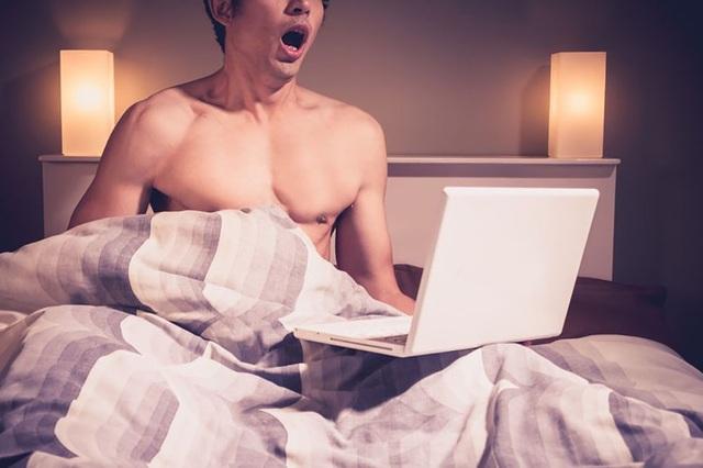 Khảo sát gây sốc về những người có thói quen thích... thủ dâm - 1