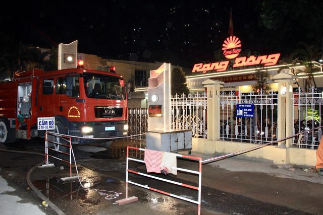 Vụ cháy Công ty Rạng Đông: Thu hồi văn bản khuyến cáo không sử dụng thực phẩm, nước - 1