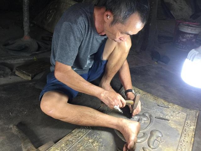 Tinh hoa làng nghề chạm bạc gần 400 năm tuổi - 3