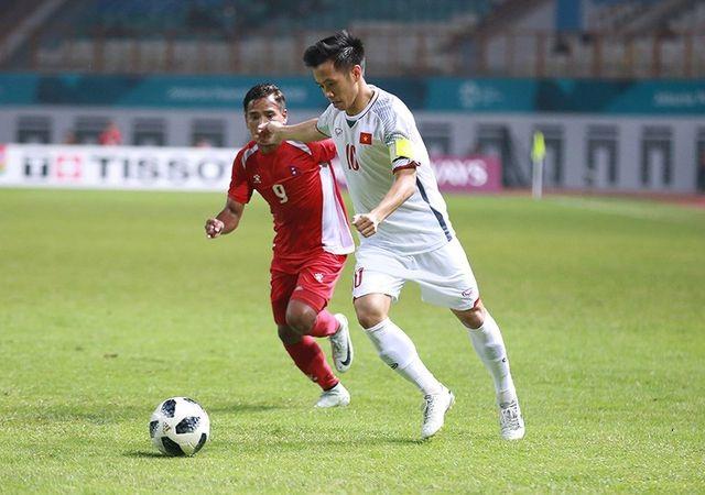 """Báo châu Á: """"Văn Quyết cần được sự ghi nhận từ bóng đá Việt Nam"""" - 2"""