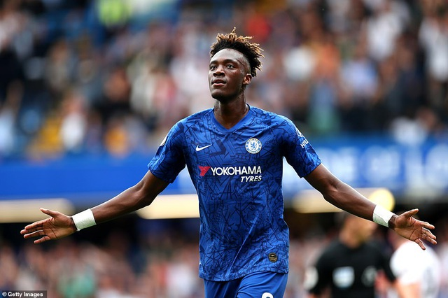 Chelsea 2-2 Sheffield Utd: Zouma đốt đền, The Blues ôm hận - 1