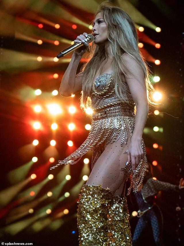 """Jennifer Lopez: """"Nếu cứ nghe theo lời khuyên, tôi hẳn đã tiêu tan sự nghiệp"""" - 1"""