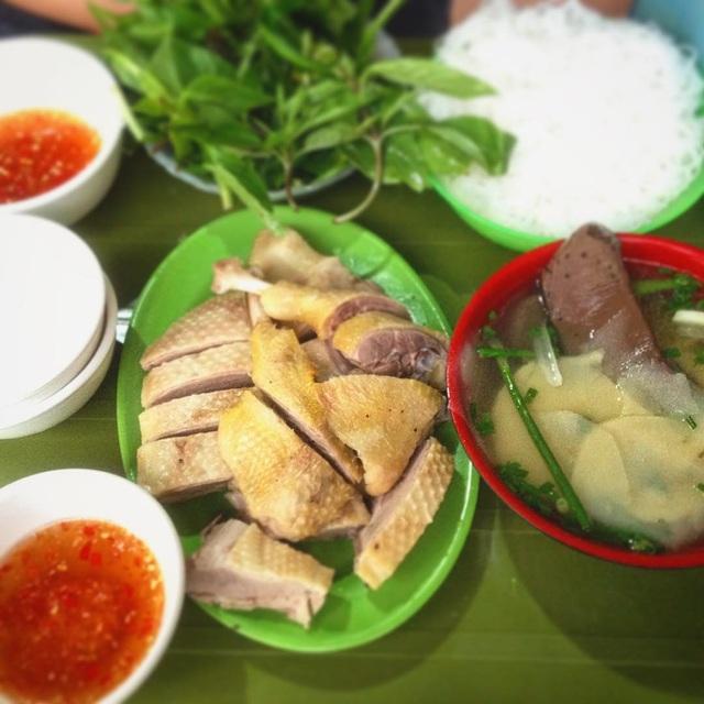 """10 món ngon khó cưỡng ở Hà Nội, đến khách Tây cũng """"mê như điếu đổ"""" - 10"""