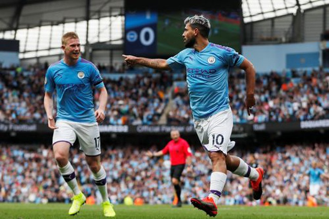 """Man City 4-0 Brighton: Aguero """"vào phom"""", nhà đương kim vô địch thắng đậm - 1"""