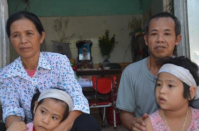 3 bố con ôm món nợ khổng lồ sau cái chết của người vợ - 6