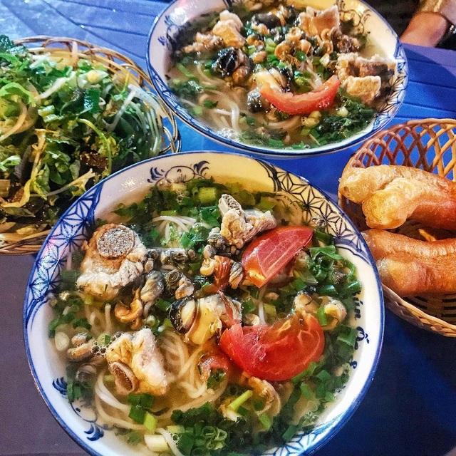 """10 món ngon khó cưỡng ở Hà Nội, đến khách Tây cũng """"mê như điếu đổ"""" - 8"""