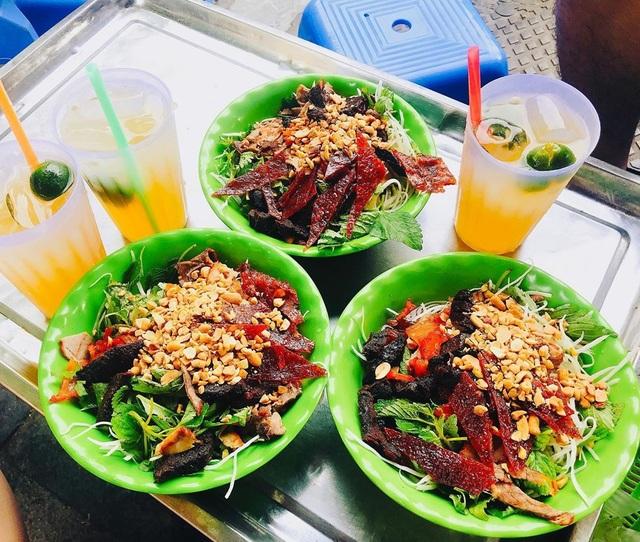 """10 món ngon khó cưỡng ở Hà Nội, đến khách Tây cũng """"mê như điếu đổ"""" - 9"""