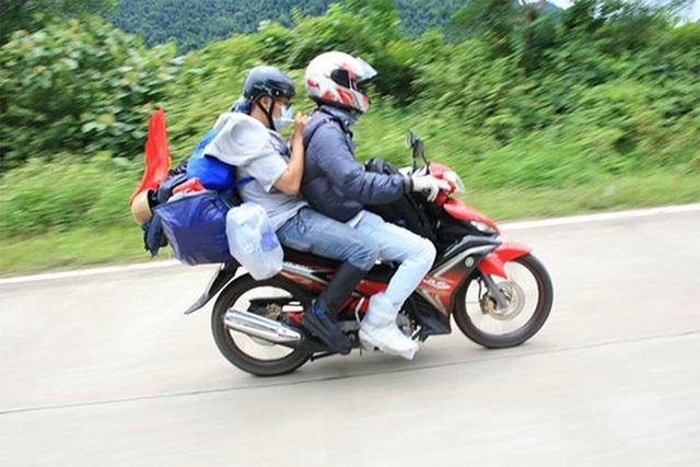 Những lưu ý để chạy xe máy an toàn dịp nghỉ lễ 2/9 - 2