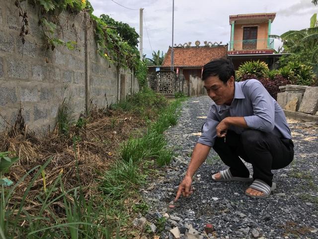 Quảng Bình: Gia đình Mẹ Việt Nam anh hùng kêu cứu vì bị phá đường vào nhà! - 3