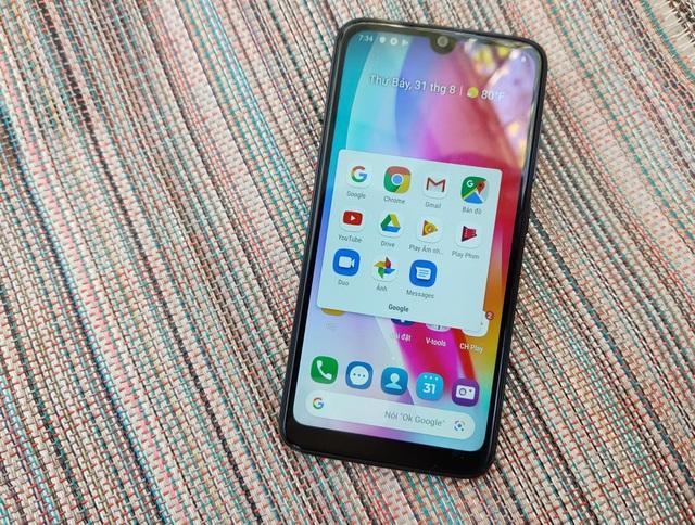 Cận cảnh smartphone dùng chip Snapdragon 215 đầu tiên của VinSmart - 1