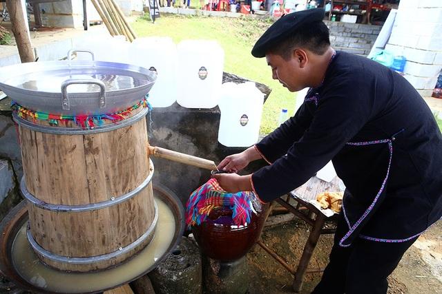 Phiên chợ vùng cao đầy màu sắc ở Hà Nội - 10