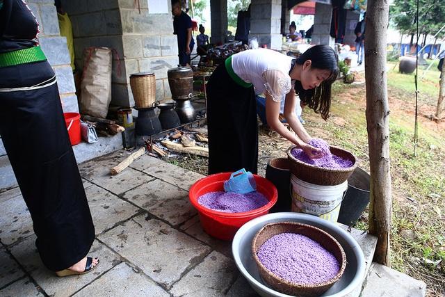 Phiên chợ vùng cao đầy màu sắc ở Hà Nội - 5