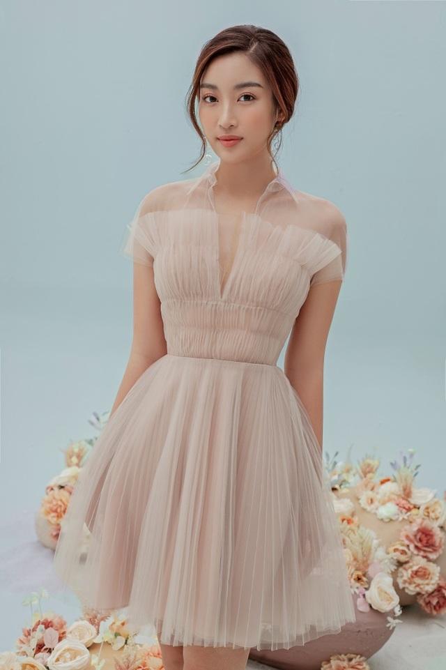 Hình ảnh mới của Hoa hậu Đỗ Mỹ Linh sau tin đồn yêu thiếu gia - 8