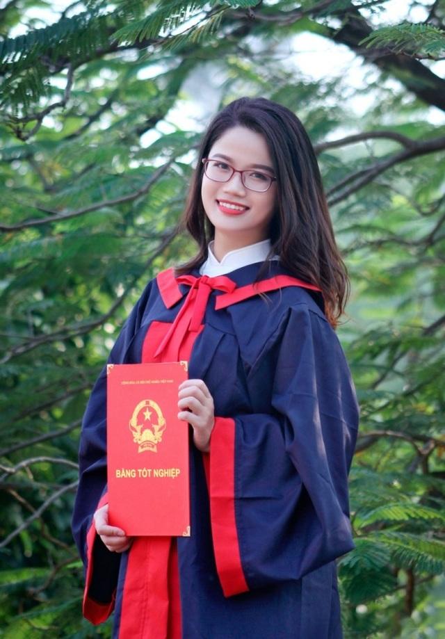 Nữ Đảng viên trẻ xinh đẹp, sở hữu bảng thành tích đáng nể - 1