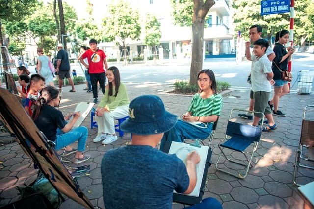 """Châu Bùi, Khả Ngân trổ tài làm bánh cuốn """"siêu to khổng lồ"""" tại chương trình City Girls - 7"""
