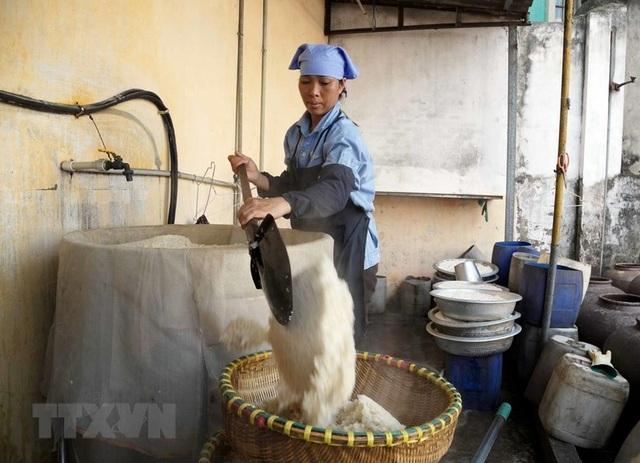 Những hình ảnh về nghề làm tương bần ở tỉnh Hưng Yên - 2
