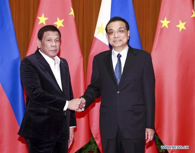 Tổng thống Duterte: Philippines không bao giờ đối đầu Trung Quốc - 1