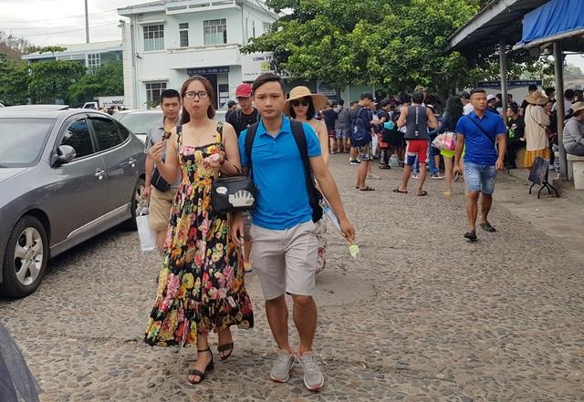 Khánh Hòa đón hơn 5 triệu lượt khách lưu trú trong 8 tháng - 1