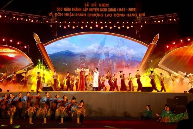 Long trọng Lễ kỷ niệm 550 năm thành lập huyện Nghi Xuân - Ảnh minh hoạ 7
