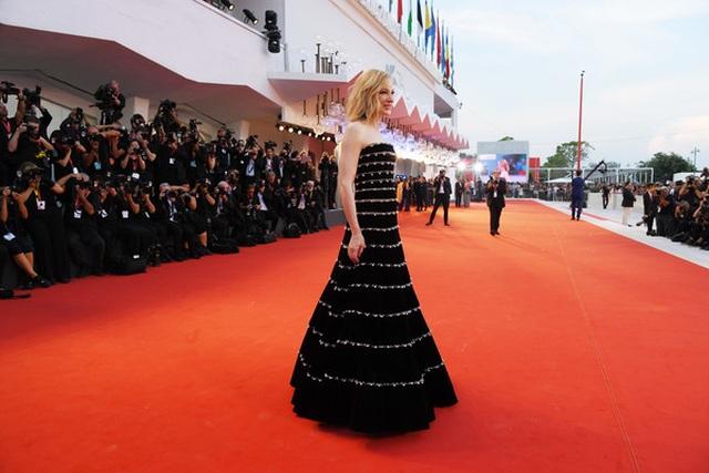 Cate Blanchett trẻ đẹp đáng ngưỡng mộ ở tuổi ngũ tuần - 7