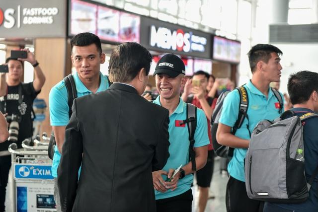 HLV Park Hang Seo cùng đội tuyển Việt Nam lên đường sang Thái Lan - 7