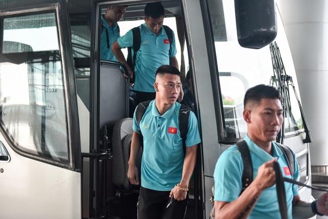 HLV Park Hang Seo cùng đội tuyển Việt Nam lên đường sang Thái Lan - 4