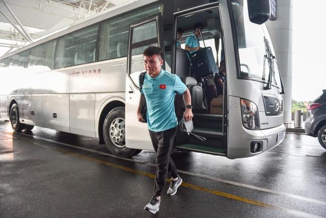 HLV Park Hang Seo cùng đội tuyển Việt Nam lên đường sang Thái Lan - 5