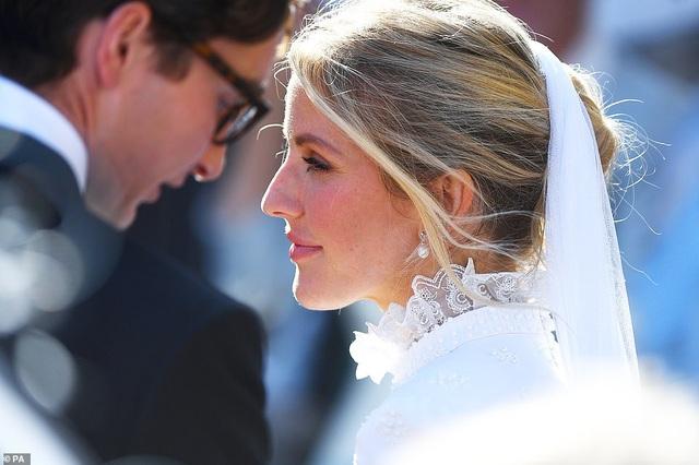 Đám cưới đẹp như mơ của ca sỹ Ellie Goulding - 6