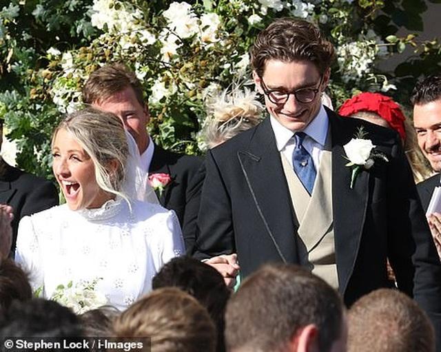 Đám cưới đẹp như mơ của ca sỹ Ellie Goulding - 16
