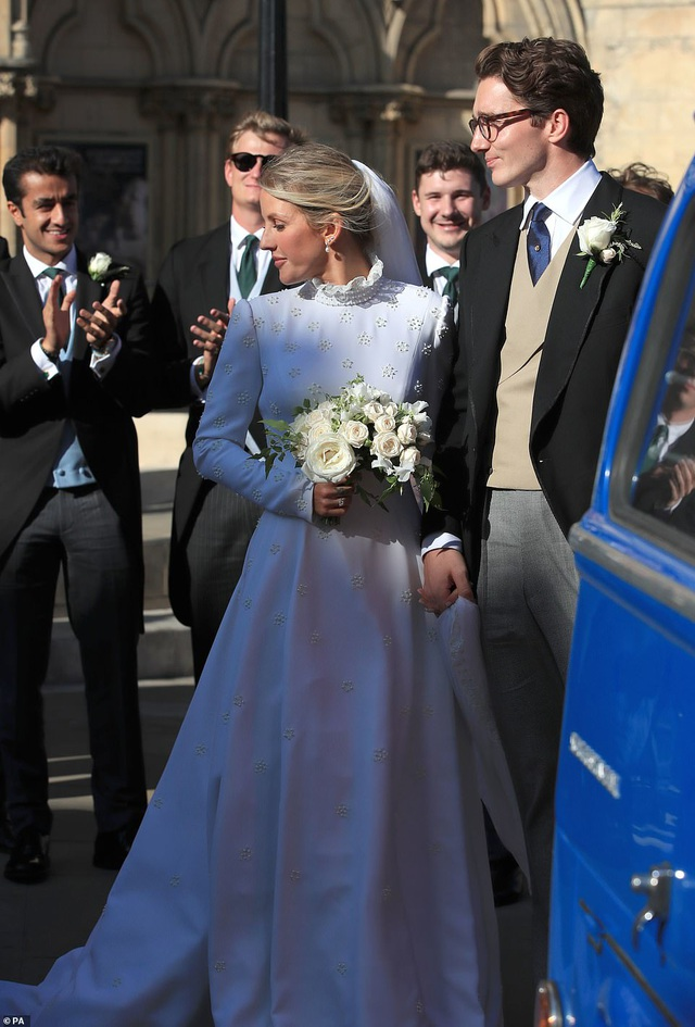 Đám cưới đẹp như mơ của ca sỹ Ellie Goulding - 18