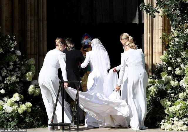 Đám cưới đẹp như mơ của ca sỹ Ellie Goulding - 23