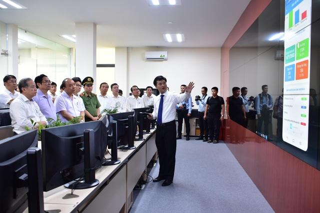 Thủ tướng thăm Nhà lưu niệm Chủ tịch Hồ Chí Minh tại Huế - Ảnh minh hoạ 8