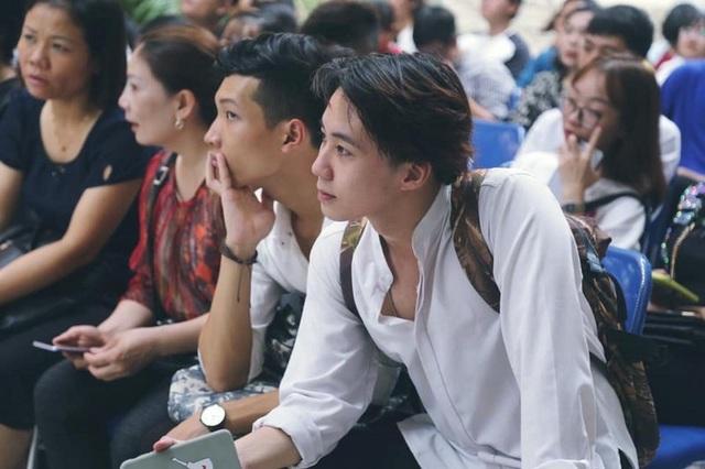 """Nam sinh đại học Mở Hà Nội với nét đẹp lãng tử """"đốn tim"""" phái nữ - 1"""