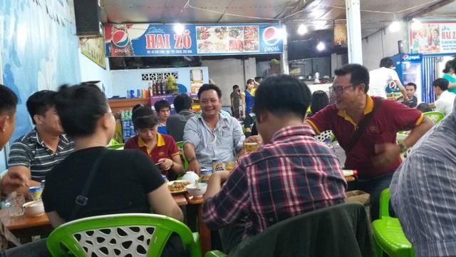 Đà Nẵng: Quán cà phê nhộn nhịp ngày lễ - 5