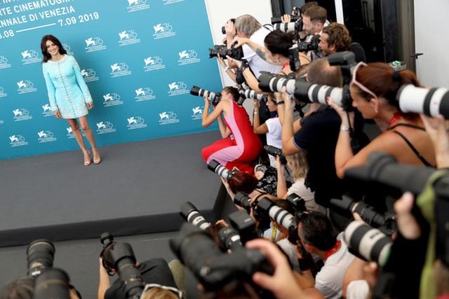 Penelope Cruz khoe nhan sắc yêu kiều - 2