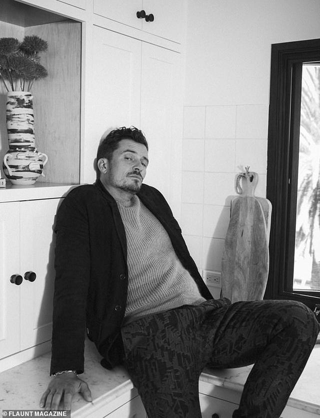 Orlando Bloom khoe vẻ đẹp nam tính và hạnh phúc an yên ở tuổi 40 - Ảnh minh hoạ 13