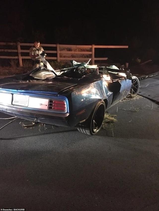 Nam diễn viên nổi tiếng người Mỹ thoát chết trong vụ tai nạn xe hơi nghiêm trọng - 4