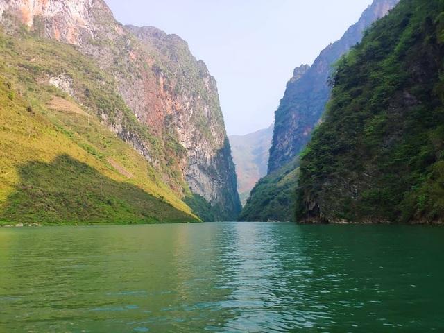 Sửng sốt trước vẻ đẹp của hẻm vực sâu nhất Đông Nam Á ở Hà Giang - 9