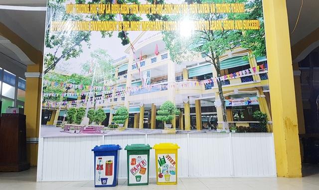 Học sinh cấp 1 làm hàng trăm túi giấy để bảo vệ môi trường - 6