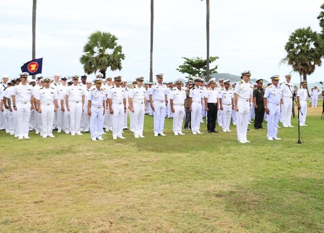 Việt Nam điều tàu hộ vệ săn ngầm tham gia tập trận chung ASEAN - Mỹ - 4